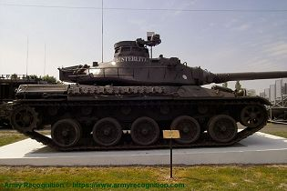 AMX 30 MBT main battle tank France French army defense industry right side view 002