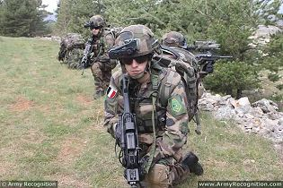 Felin Sagem future soldier infantry equipment soldier gear technical data sheet specifications information description pictures photos images video intelligence identification Fantassins Equipements LIaison Integres France French army defence industry military technology