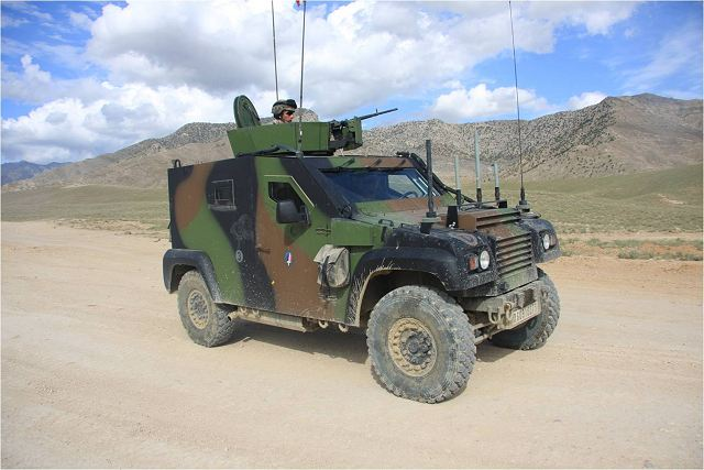 dagger pvp panhard light protected armoured liaison all terrain vehicle technical data sheet. Black Bedroom Furniture Sets. Home Design Ideas
