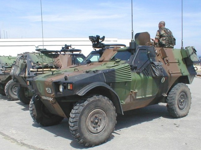 VBL Panhard light wheeled armoured vehicle technical data sheet information description intelligence specifications identification pictures photos images France French Army