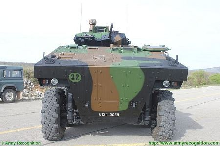 VBCI 8x8 wheeled armoured infantry fighting vehicle Nexter Systems France French army defense industry front view 003