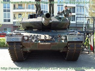 Leopard 2A6 main battle tank technical data sheet specifications description information intelligence pictures photos images video German Germany army Defence Industry military technology heavy armoured tracked vehicle
