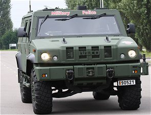 LMV Iveco Defence Vehicles Light Multirole wheeled armoured vehicle personnel carrier Italian Army Italy technical data sheet pictures description identification