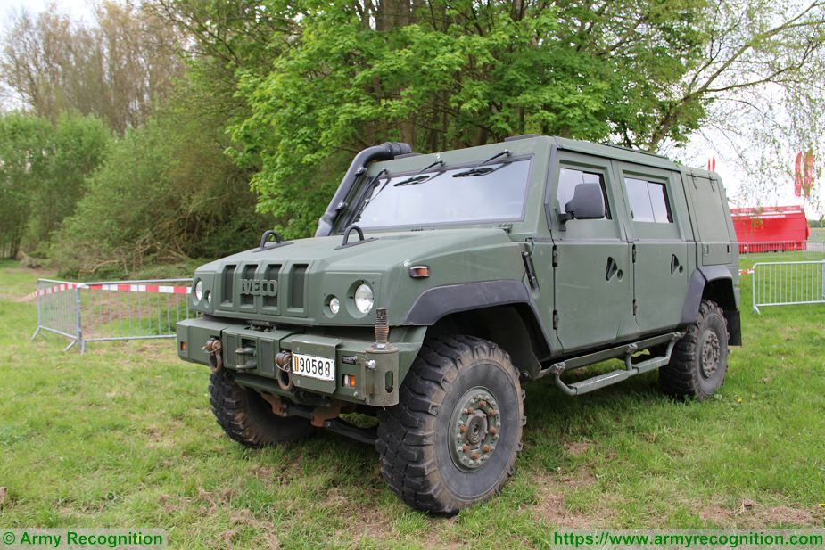 LMV IVECO 4x4 Light Multirole Tactical Armored Vehicle data
