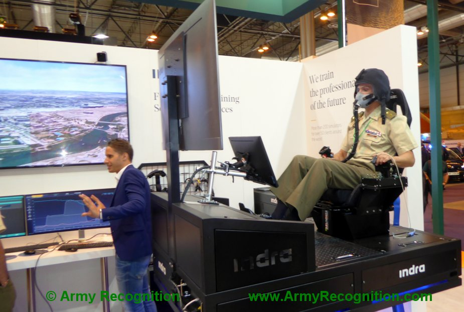 FEINDEF 2019 Indra simulator and iAltitude train Spanish fighter pilots to fly in low oxygen conditions