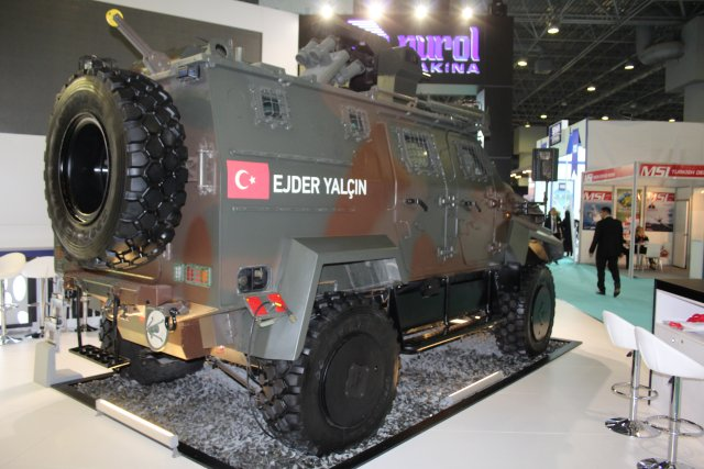 Nurol Makina is showcaing its Ejder Yalçin 4x4 at High Tech Port 2016 in Istanbul 001