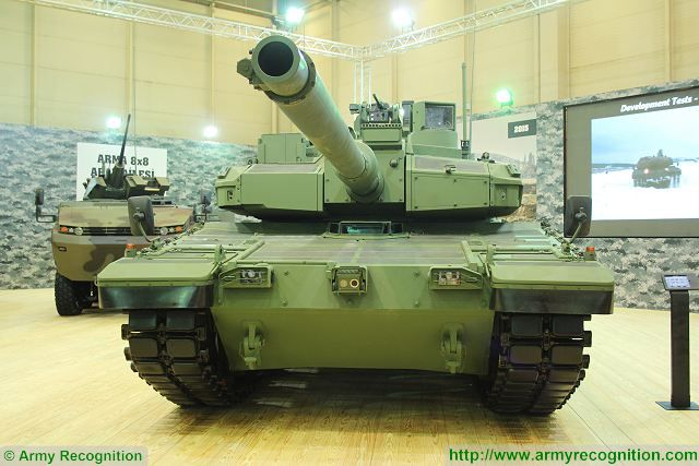 Altay MBT main battle tank Otokar IDEF 2015 Defense industry exhibition Turkey Istanbul 001
