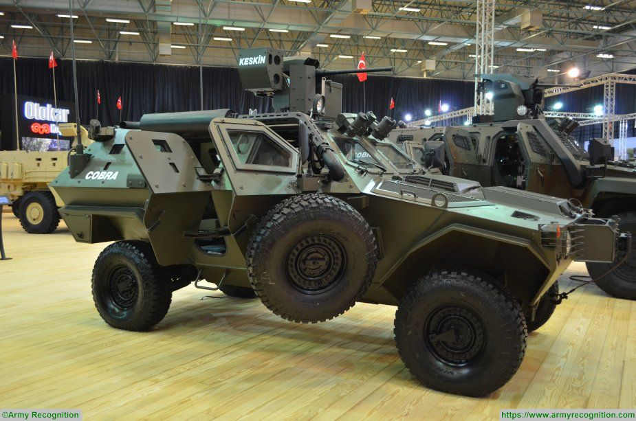COBRA Otokar IDEF 2017 APC wheeled armoured vehicle personnel carrier Turkey Turkish 925 002