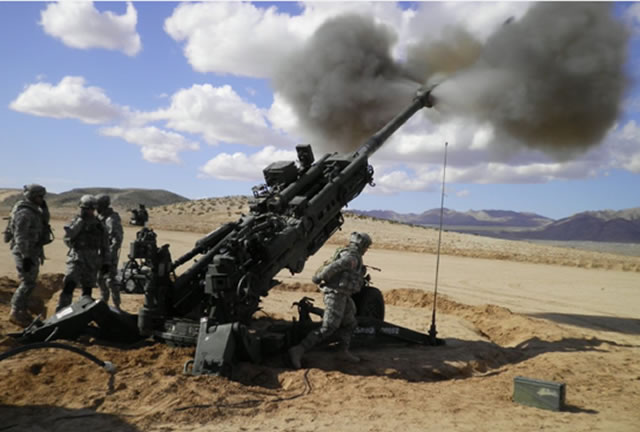 M777 155mm Lightweight Howitzer BAE Systems DSEI 2015 news coverage 3