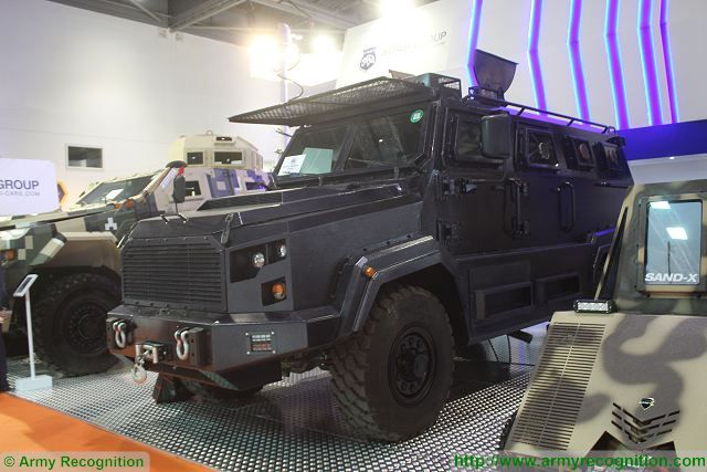 Gladiator 4x4 APC armored personnel carrier DSEI 2015 defense exhibition London United Kingdom 640 001