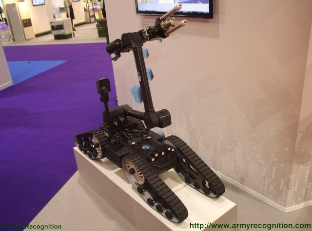 Meet the IGUANA the ECA Group s new generation of UGVs for homeland security 640 001