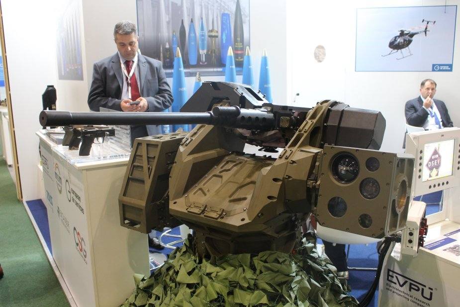 EVPU displays its Gladius 12 Remote Controlled Weapon Station at DSEI 2017 925 001