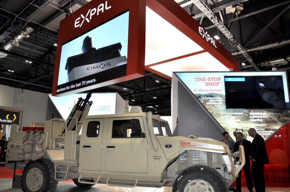 EXPAL showcase its solutions for air land and sea at DSEI 2017 925 002