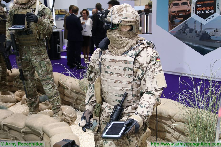 IdZ ES individual soldier system German army DSEI 2017 defense security exhibition London UK 925 001
