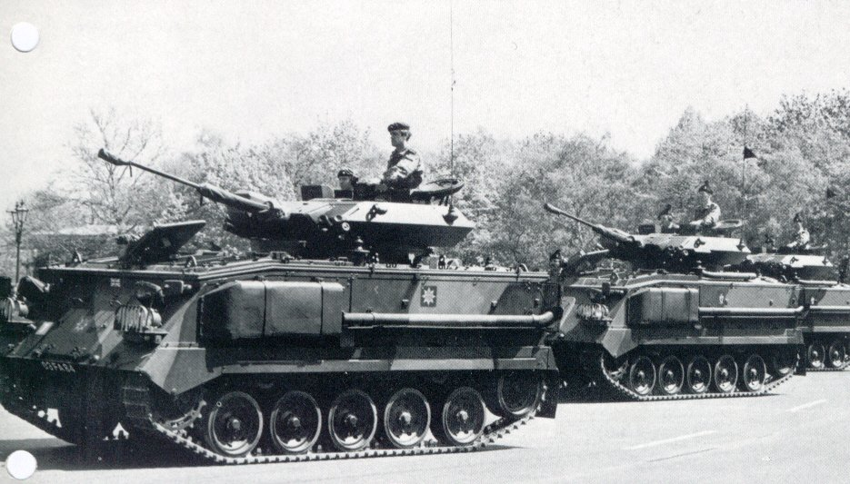 FV432_30mm_gun_tracked_armoured_infantry_fighting_combat_vehicle_British_Army_United_Kingdom_001.jpg