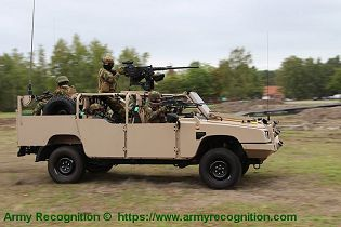 FOX RRV Rapid Reaction Vehicle Jankel 4x4 light tactical vehicle United Kingdom industry right side view 002