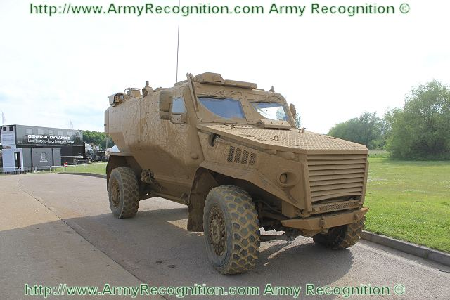 Foxhound LPPV Light Protected Patrol Vehicle technical data sheet specifications description information pictures photos video intelligence identification British United Kingdom army military