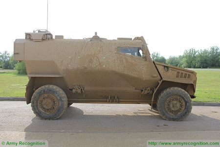 Foxhound LPPV Light Protected Patrol Vehicle United Kingdom British army right side view 002