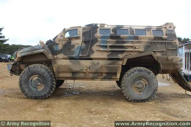 typhoon 4x4 streit group mrap mine resistant ambush protected rh armyrecognition com Breaker Box Home Fuse Box
