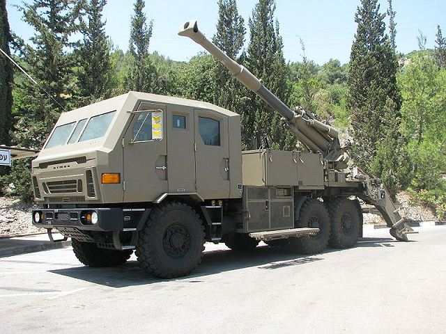 Atmos Soltam 155mm wheeled self propelled howitzer Israel Israeli Defence Industry 640