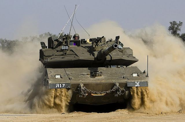 NOTICIAS VÁRIAS Merkava_4_main_battle_tank_with_Trophy_ASPRO-A_active_protection_system_Israel_Israeli_army_defence_industry_002