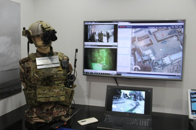 Harris-presents-its-ISS-Integrated-Soldier-Syste--during-SOFEX-640-001