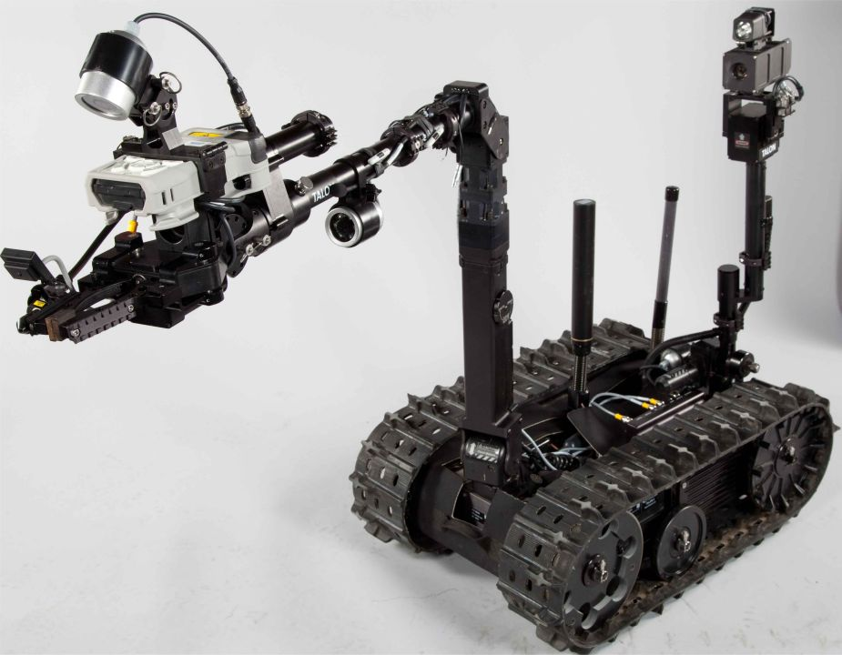 Qinetiq North America has developed fifth generation of TALON EOD Robot 925 001