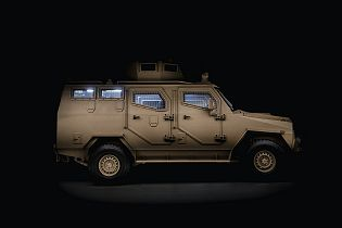 Titan S APC 4x4 armoured vehicle personnel carrier INKAS UAE defense industry 640 right side view 001