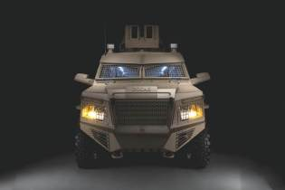 Titan DS 4x4 APC armored personnel carrier INKAS UAE front view 001