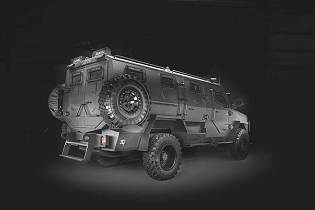 Titan DS 4x4 SWAT TEAM armored vehicle INKAS UAE 925 right side view 001