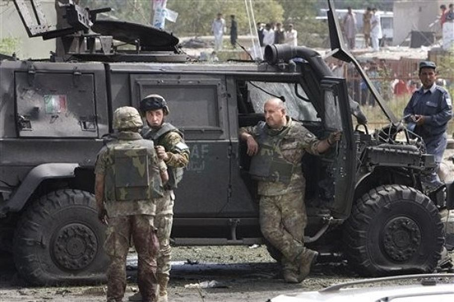 Contingent Italien Six_italian_soldiers_ISAF_are_killed_during_attack_kabul_003