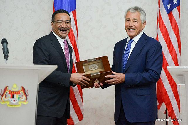 United States and Malaysian defence officials said Sunday that the two countries would continue to boost military ties and eyes on more areas for cooperation. Speaking at a joint press conference with his Malaysian counterpart Hishammuddin Hussein, U.S. Secretary of Defense Chuck Hagel said the United States is committed to strengthening the military partnership with Malaysia.