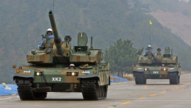 http://www.armyrecognition.com/images/stories/news/2014/december/Hyundai_Rotem_inks_a_820_mn_deal_to_supply_K2_Black_Panther_main_battle_tanks_to_South_Korea_640_001.jpg