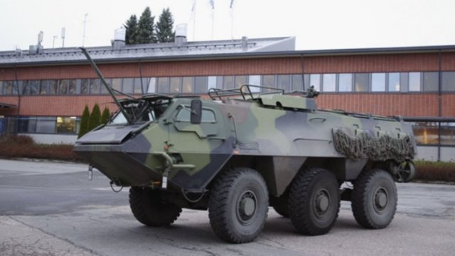 Patria handed over the first modernised XA-180 armoured personnel carrier to the Finnish Defence Forces. It is a pre-series vehicle, based on which the actual series of 70 vehicles will be modernised during 2015-2017. The contract also includes an option, whose implementation would extend to 2021, for the modernisation of 210 vehicles.