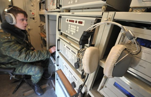 Russian Signal Troops, formed exactly 95 years ago, will be provided with modern broadband multimedia satellite communication systems by 2020, Maj. Gen. Khalil Arslanov, the chief of the Main Communications Directorate of the Russian Armed Forces, said today, October 20.