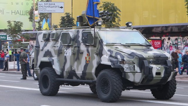 Ukraine national guard receives new KRAZ Spartan armoured personnel carrier