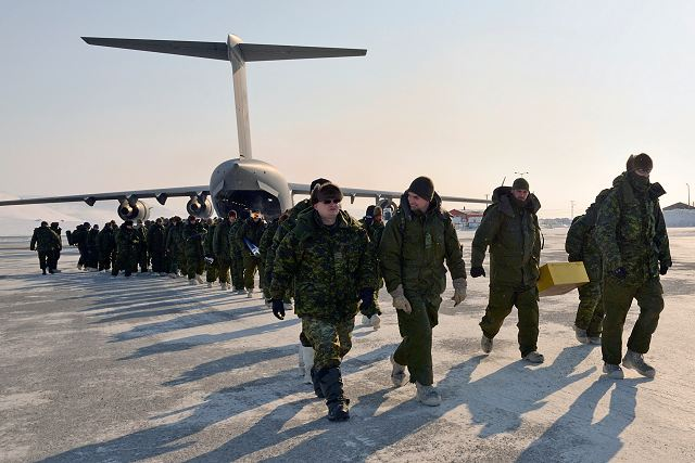 Canadian army has started NUNALIVUT 2015 military exercise in the High Arctic 640 001