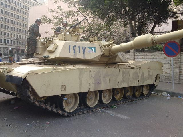 US President Obama lifts weapons ban on Egypt 640 001
