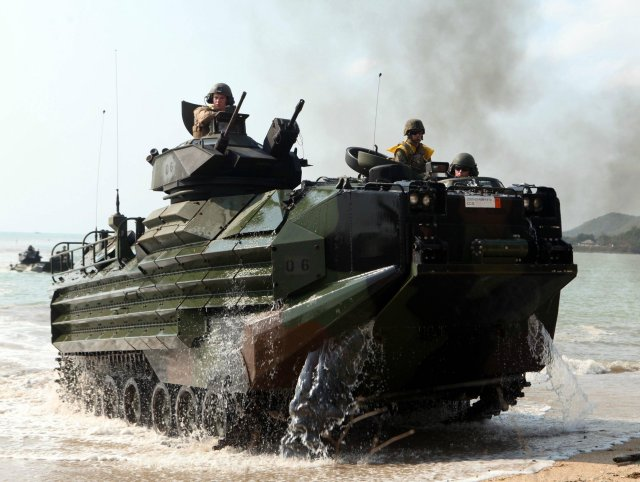 BAE Systems to deliver 23 upgraded AAV7A1 amphibious vehicles to Brazil s Marine Corps 640 001