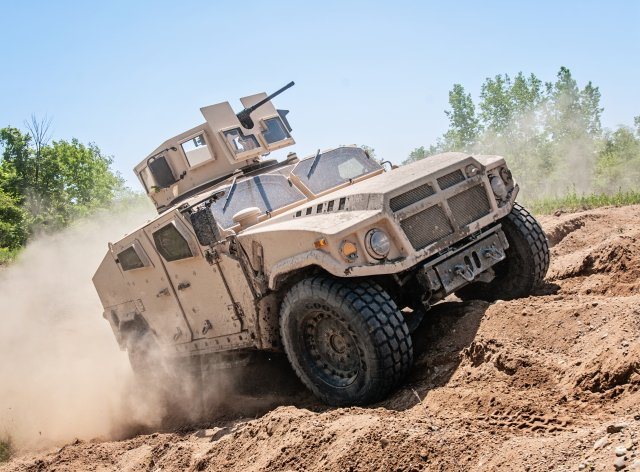 AM General submits final proposal for its Blast Resistant Vehicle Offroad into US JLTV program 640 001