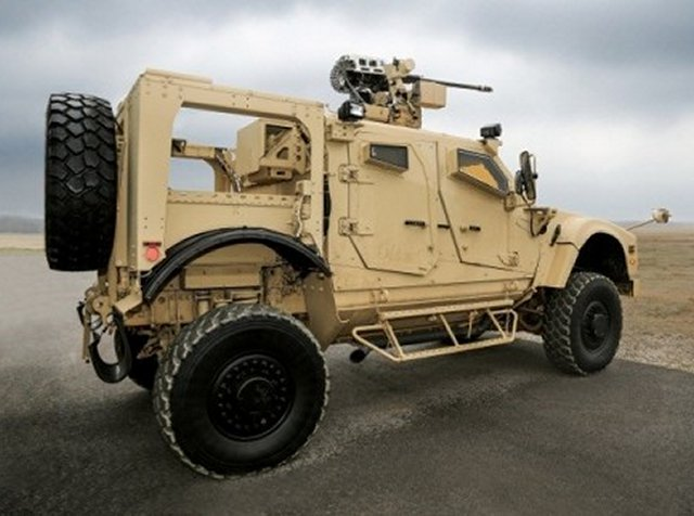Oshkos Orbital ATK EOS unveiled strong integration capabilities during live fire demonstration 640 001