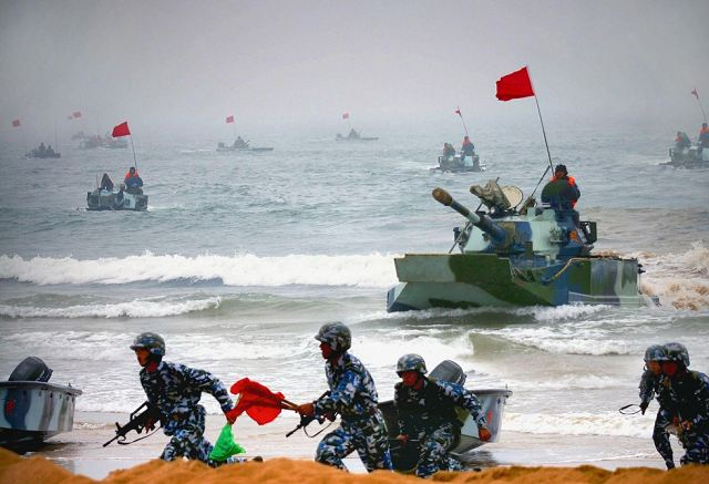 The Chine Army (PLA People's Liberation Army) has doubled the size of its Amphibious Mechanized Infantry Division (AMID) to boost its combat capabilities in the event of a conflict with Taiwan or in the East or South China seas, reports our Chinese-language sister paper Want Daily.