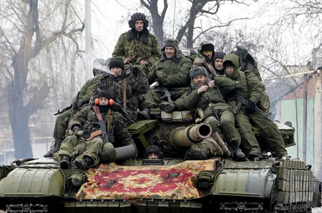Pro-Russian fighters launched an assault to control the city of Mariupol in Ukraine 640 001