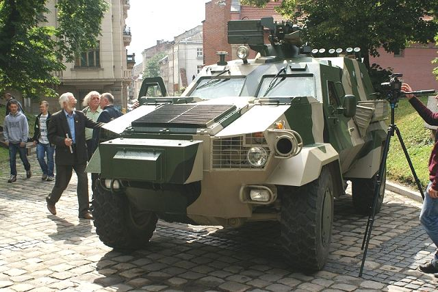 The Ukrainian Defence Company Lviv Armor has demonstrated new military vehicles, including the new Dozor B 4x4 armoured vehicle personnel carrier, Tuesday, July 14, 2015. According to Mr. Roman Romanov, Director General, Ukroboronprom, the Ukrainian Armed Forces will receive the first vehicles in the beginning of September.