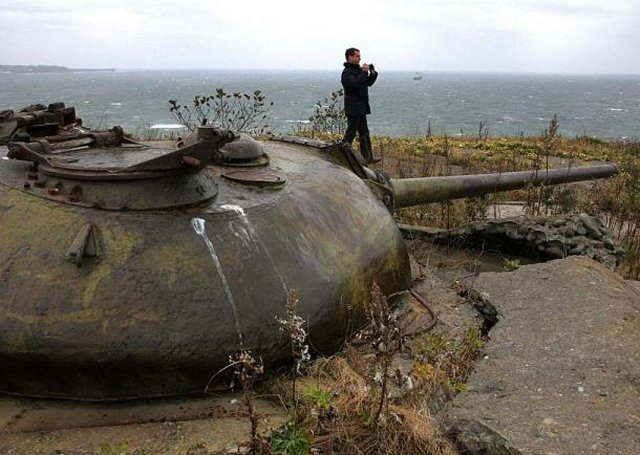 Russia plans to refurbish military infrastructures in disputed Kuril Islands 640 001