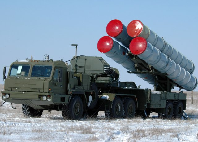 Far East Russian military forces receive new S 400 Triumph air defense missile systems 640 001