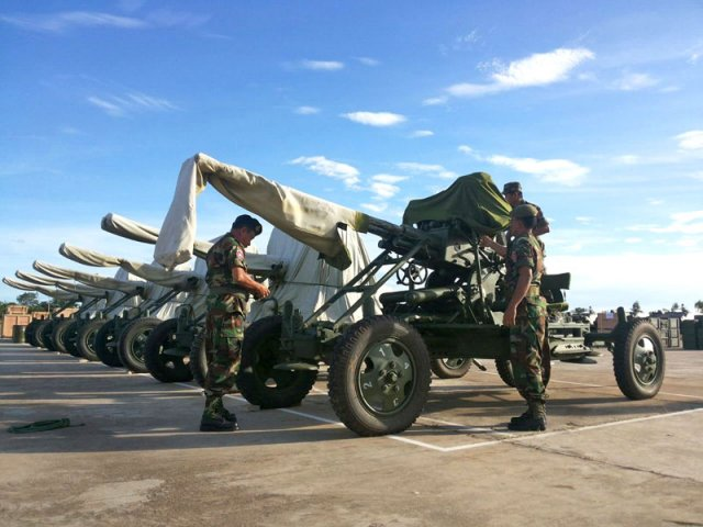 Cambodia Army receives heavy weapons from China 640 001