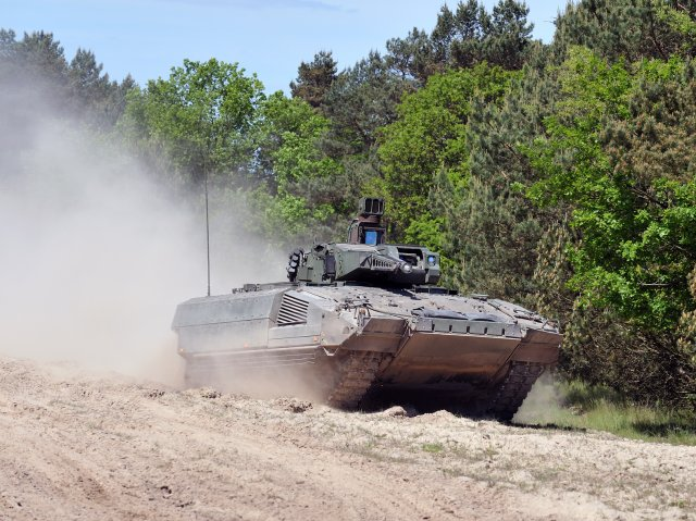 KMW Puma infantry fighting vehicle enters service with German Bundeswehr 640 001