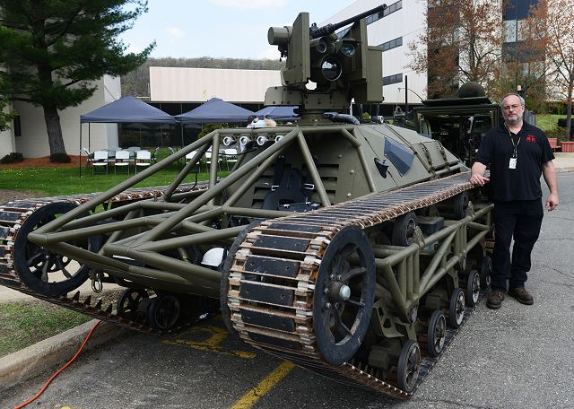 Ripsaw unmanned ground vehicle could lead US army combat formation across enemy terrain 640 001