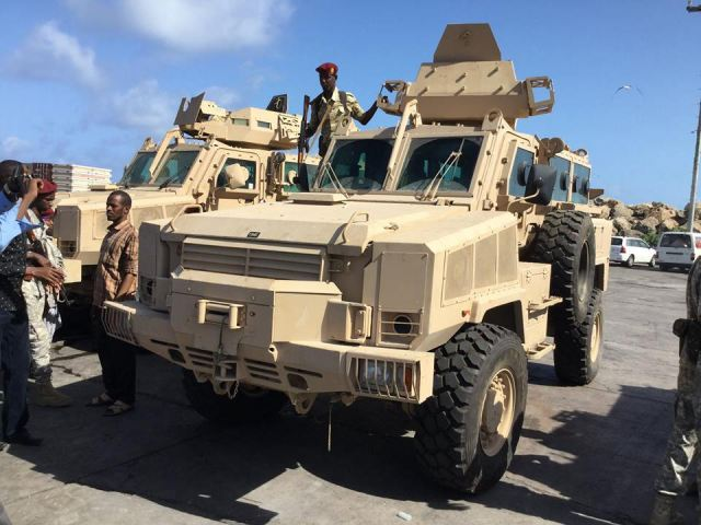 United Arab Emirates has donated RG-31 4x4 armoured and Toyota tactical vehicles to Somalia 640 002